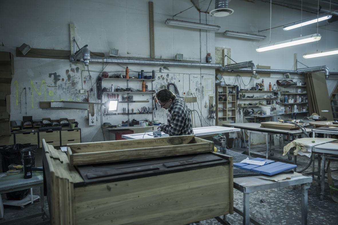 Skickliga möbelrestaurerare sedan 1987